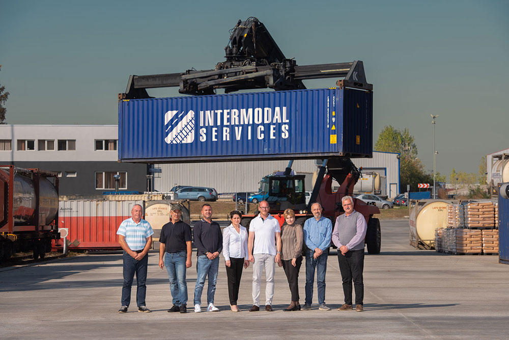 The Intermodal Services Terminal team from Ploiesti